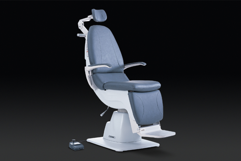 Reliance FXM 920 exam chair in blue